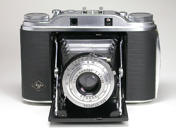 I found a old AGFA Isolette III folding camera, what light
